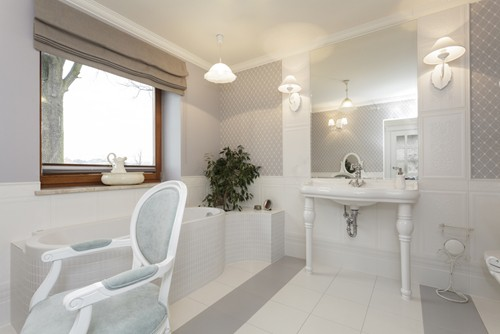 Choosing the best window treatments for your bathroom - Best window treatments for bathrooms ...