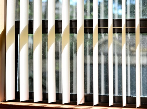 Should You Have Vertical Or Horizontal Blinds Installed For Your Patio Door?